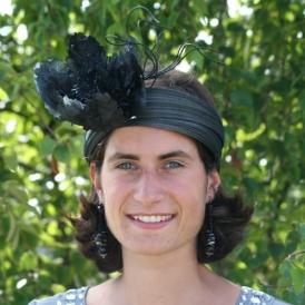 Estragon - Fleur noire et brindilles